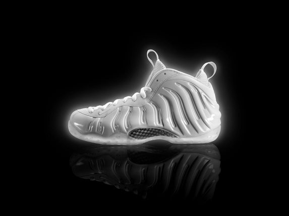 NIke_Air_Foamposite_WhiteIce_CenterLAT_v1_original (1)