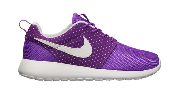 Nike Roshe Run Women&#039;s Shoe Laser Purple- Sail