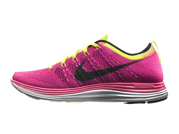 Nike Flyknit Lunar1+ PINK FLASH/BLACK-FIREBERRY-VLT
